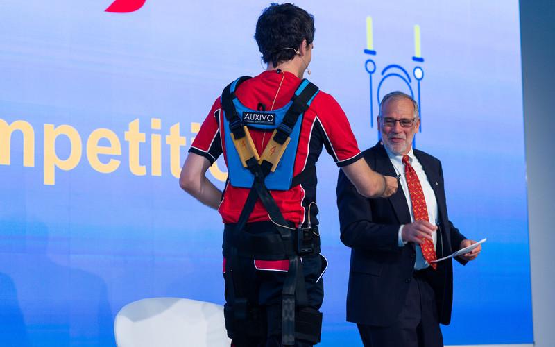 "IATA ""INNOVATOR AWARD"" recognizes Swiss exoskeleton"